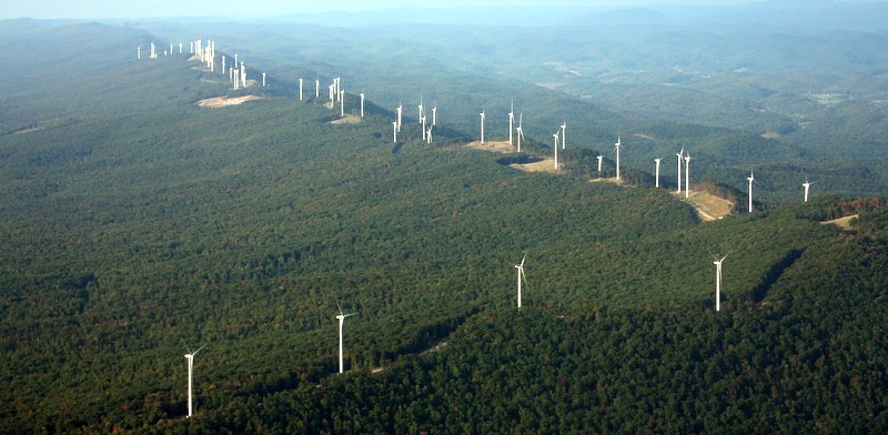 LM-ridgeline-of-turbines-006.jpg